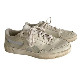 Vintage Reebok sneakers beige 9 VGUC holographic